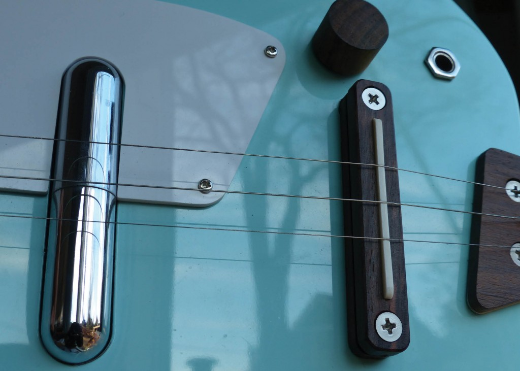 Loog electric middle